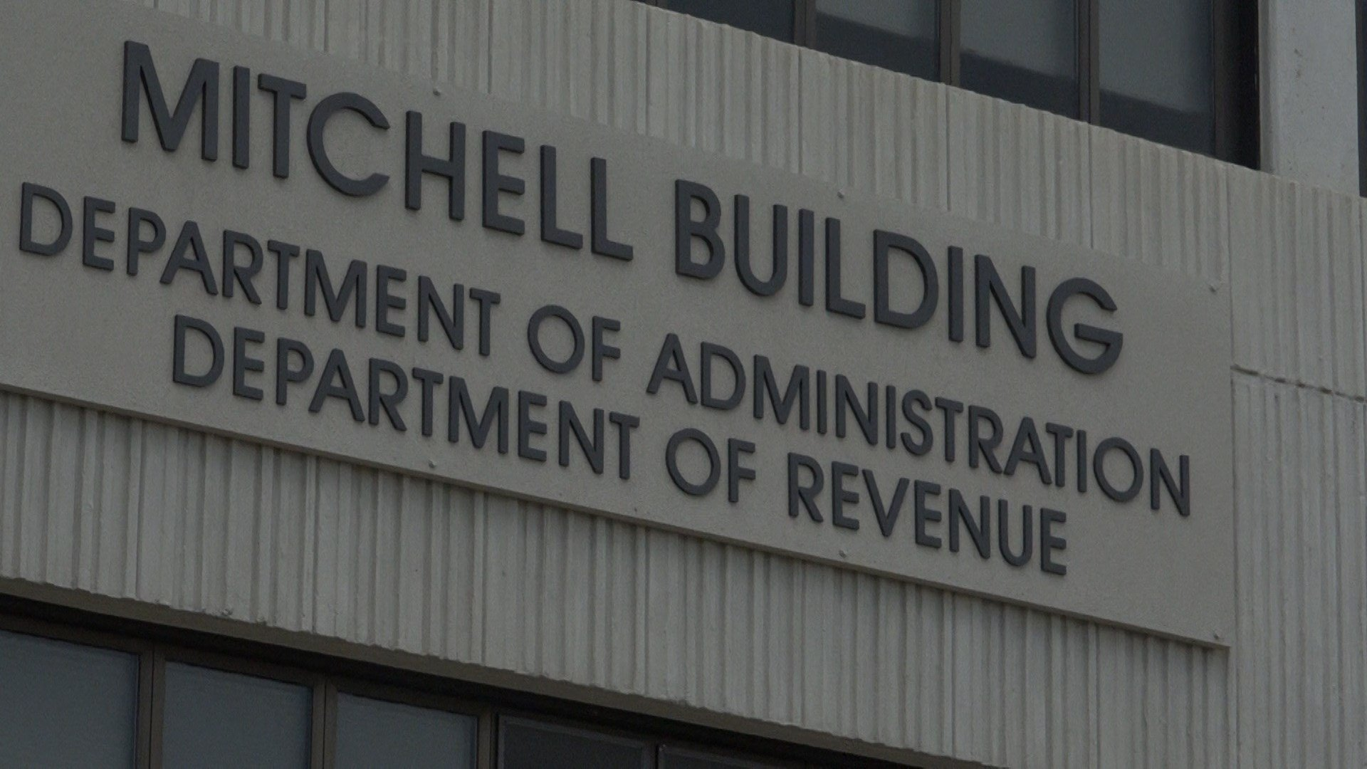 State Dept of Administration handles state payroll